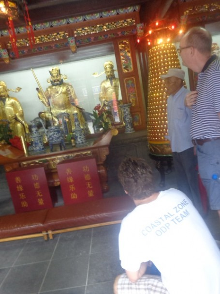 A statute of own of the many protectors in the Daoist temple!