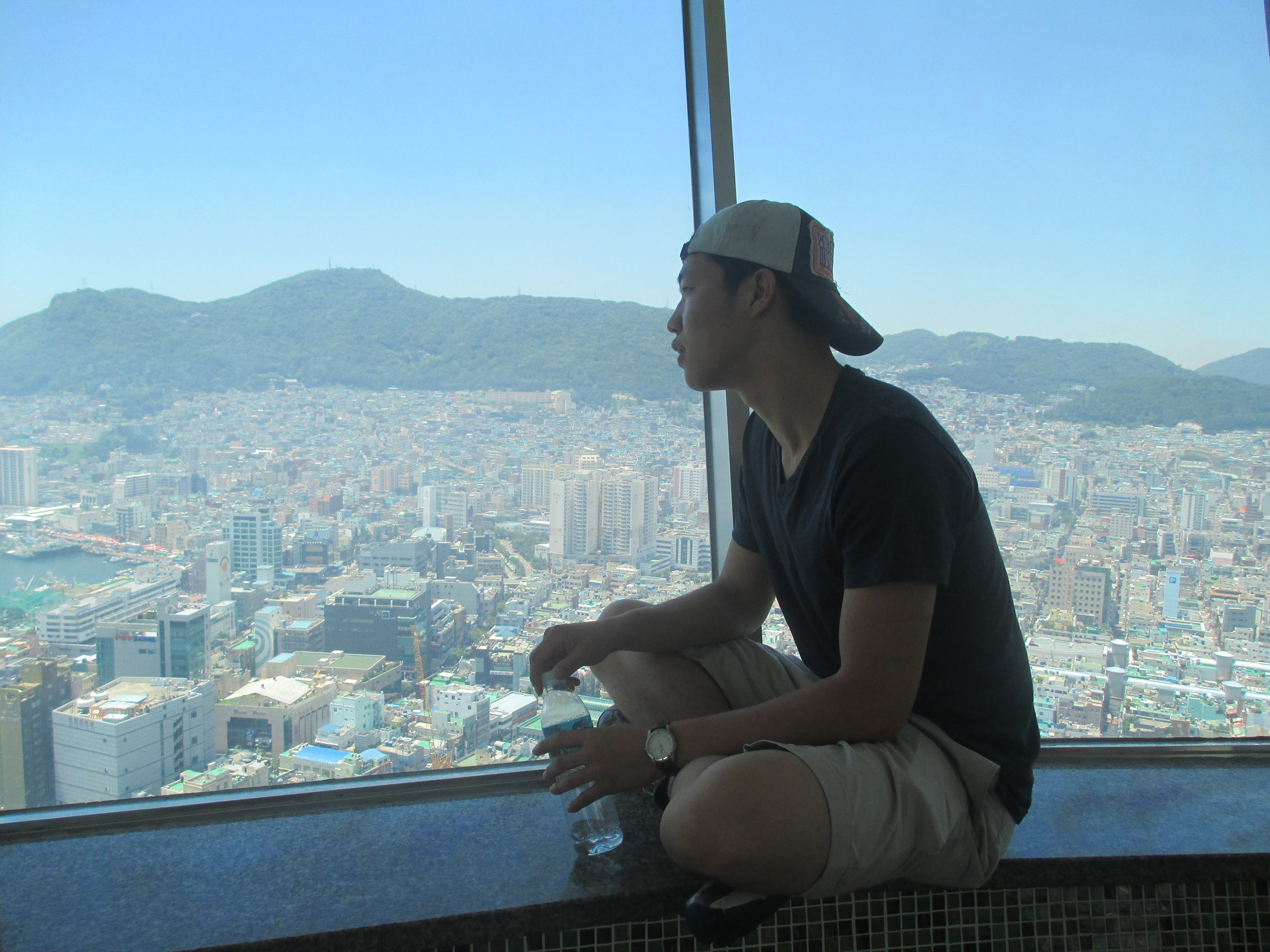 Jay gaping in awe of Busan's beauty