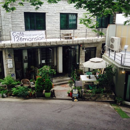 Many young people like to hang out with friends in Samcheong-dong because there are a lot of different themed café.