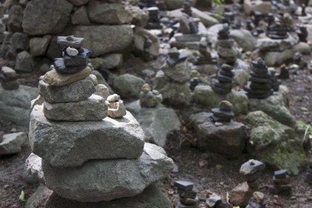 We are told that if you stack pebbles just like in the nature of a pagoda, you can make a wish.