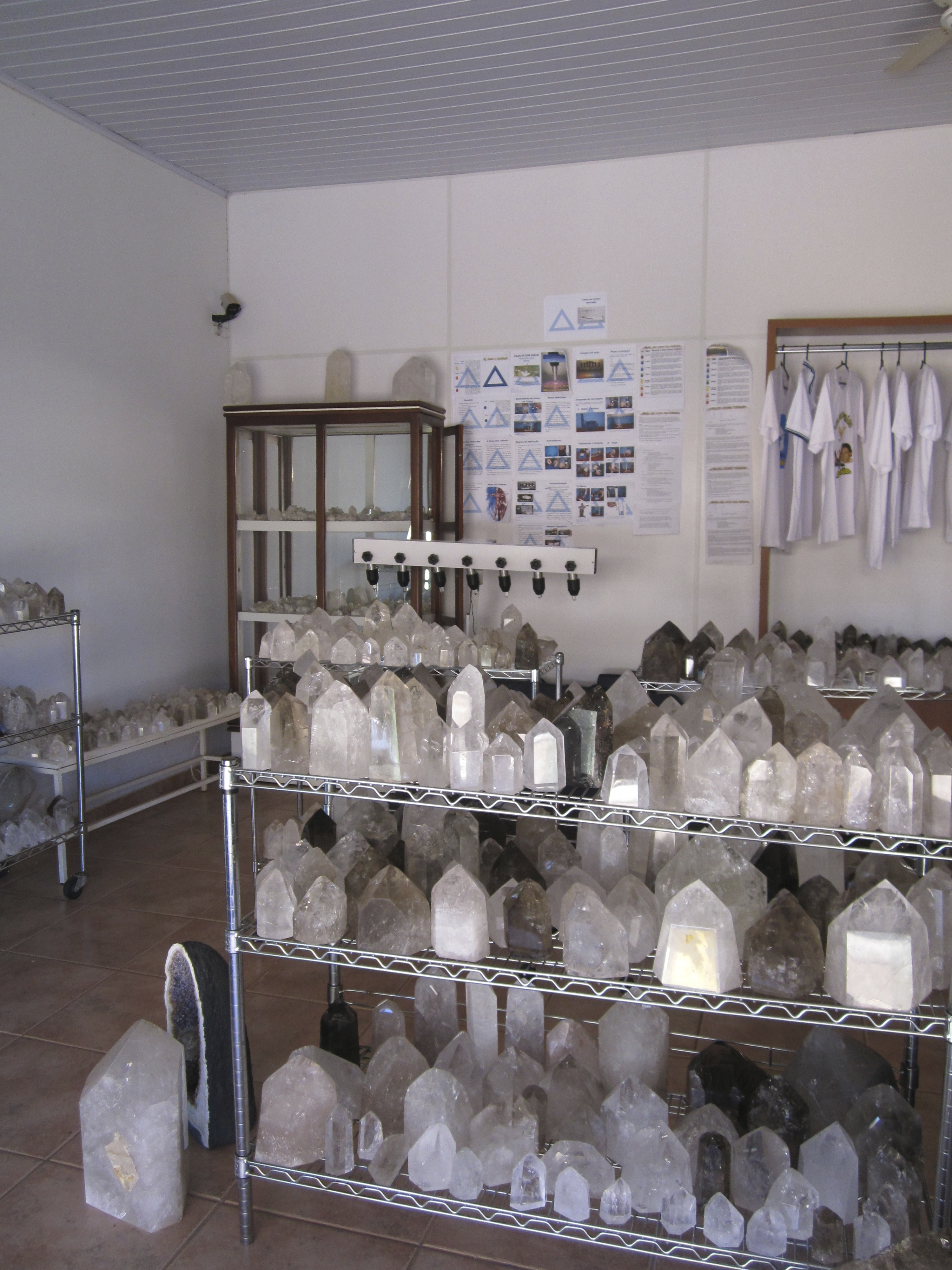 Crystal Shop in Abadiania belonging to the Casa